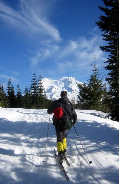 Mt Rainier Copper Creek Hut Skiing And Sledding