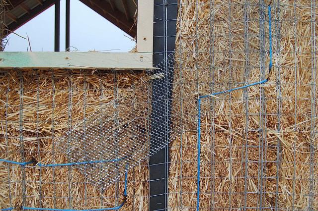 Ellensburg Barn Straw Bale Plastering Workshop
