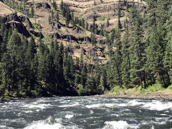 Grande Ronde River canyon white water rafting Oregon