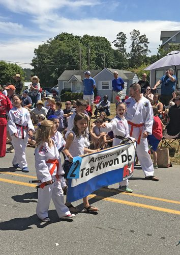 Maxwelton 4th of July parade Clinton Whidbey Island tae kwon do class