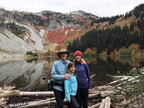 Family at Lake Ann in Okanogan Wenatchee National Forest in Cascade Mountains