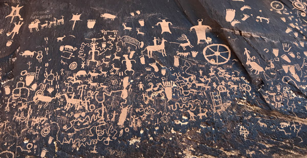 Newspaper Rock archaeological historical site petroglyphs