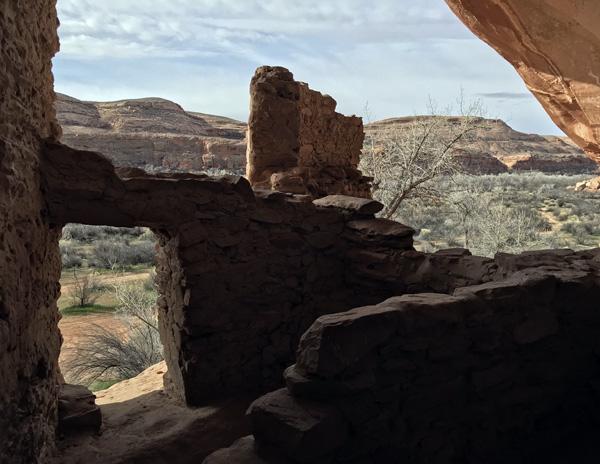 San Juan River Utah River House Native American cave ruins