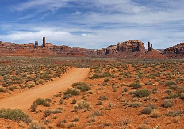 Valley Of The Gods Utah road
