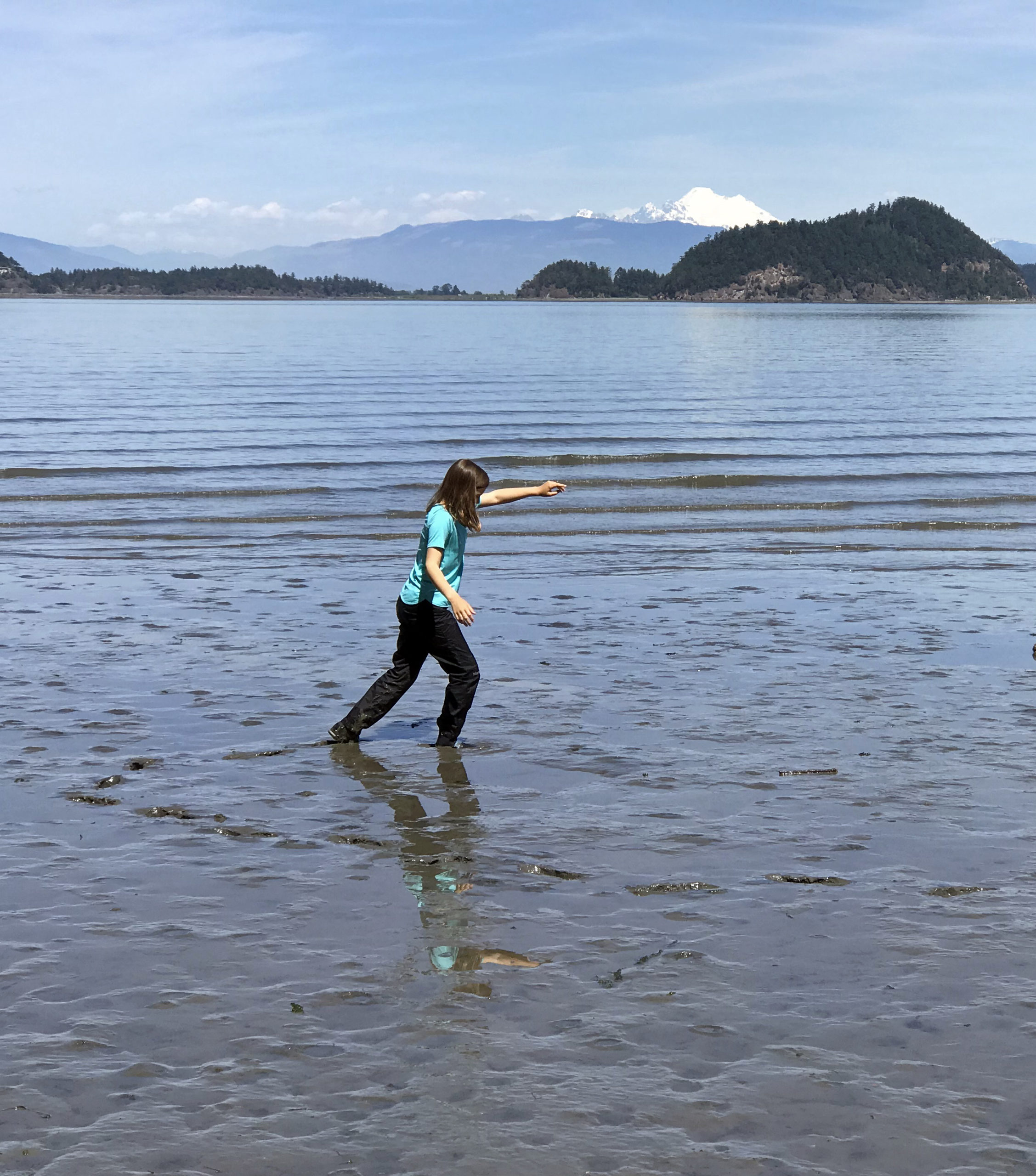 Enjoying the slimy mud tide flats at Dugualla State Park beach
